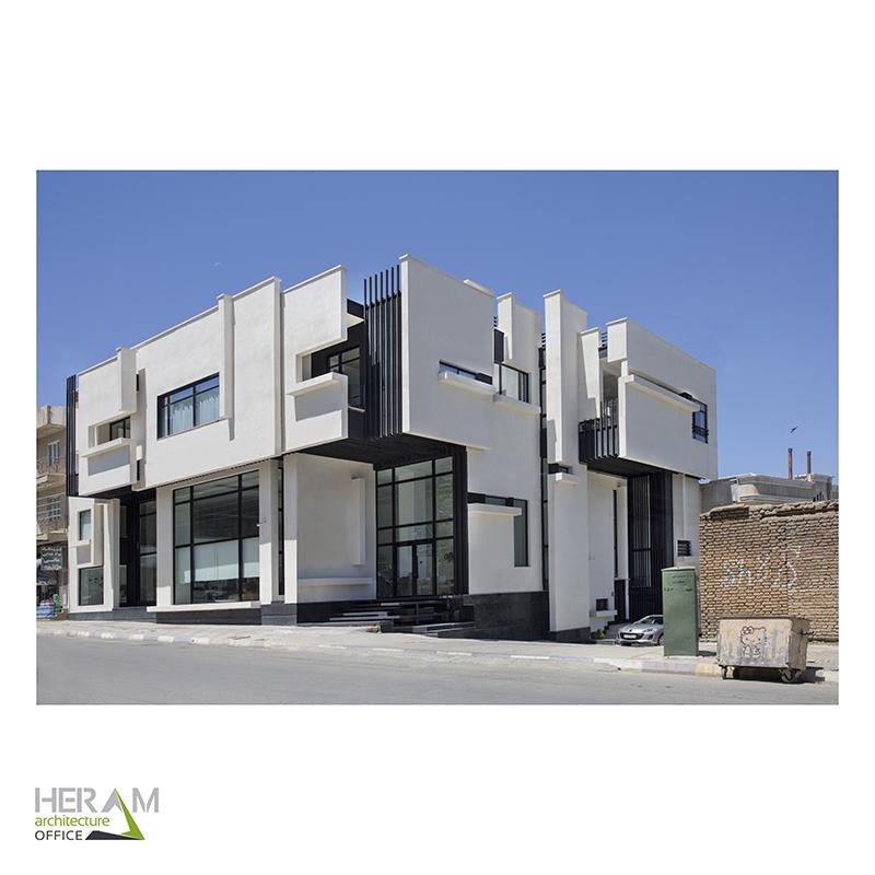 ساختمان تجاری مسکونی مرز